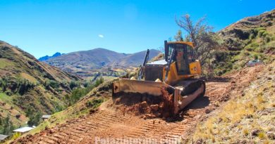 construyen-carretera-pampa-grande-cielo-andino