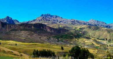 imponente-cerro-apushallas-chilia-pataz