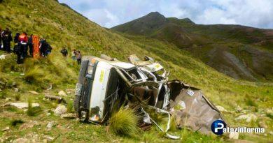 camioneta-que-viajaba-a-pataz-cae-a-abismo-en-molino-y-deja-dos-muertos