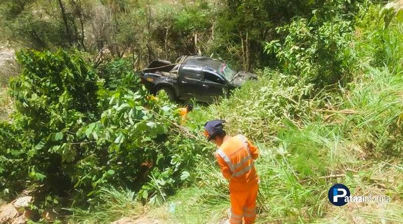 LA LIBERTAD | Camioneta cae a abismo y deja un muerto en el ande