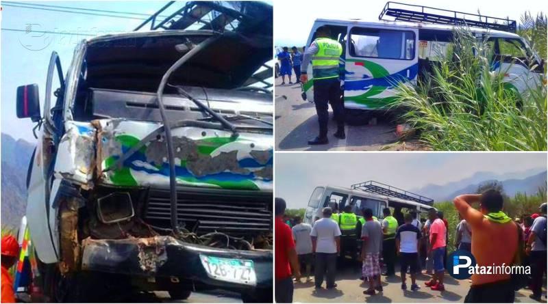 LA LIBERTAD | Violento choque de dos combis deja varios heridos