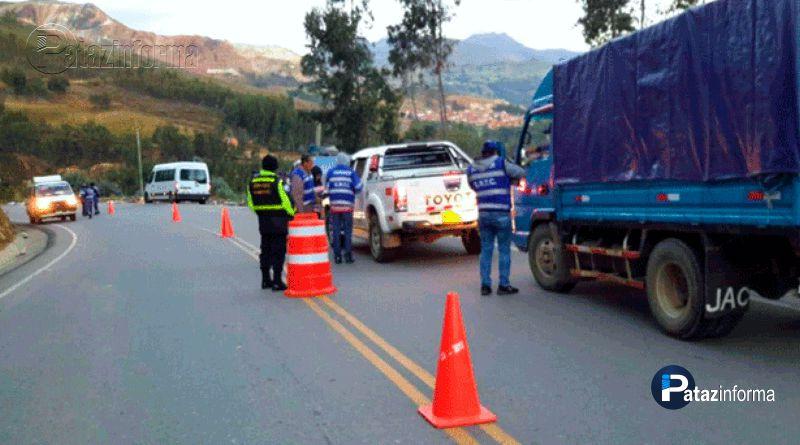 LA LIBERTAD   Quitan placas a vehículos de transporte a la sierra
