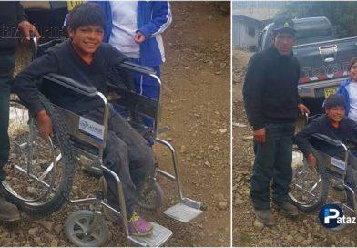 """PARCOY   Niño """"Guerrero"""" con discapacidad recibió su silla de ruedas"""
