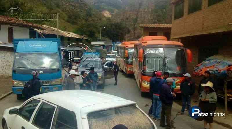 paro-inter-provincial-pataz-sanchez-carrion-exigiendo-avance-asfaltado-carretera