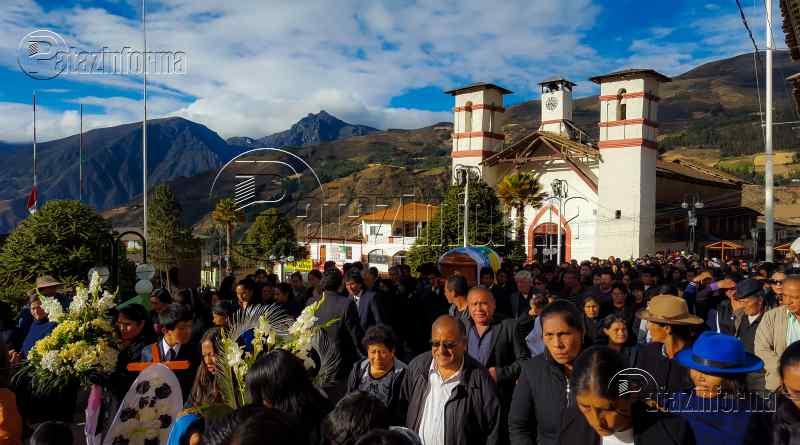 TAYABAMBA | Cientos de pobladores dieron el último adiós a don Irenio