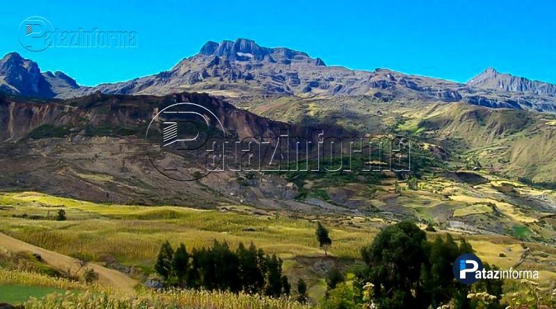 imponente-cerro-apushallas-sector-3-chilia-pataz-la-libertad