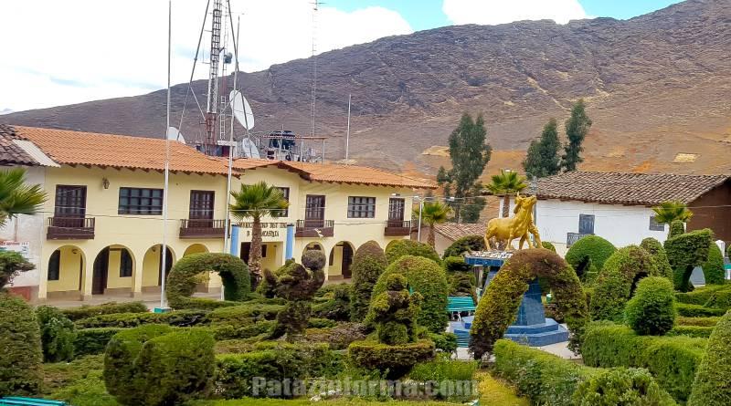 Denuncian falta de transparencia en licitación en Huancaspata