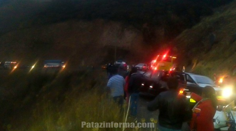 Un muerto y dos hermanos heridos deja accidente de tránsito