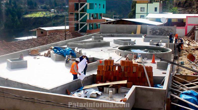 Continúa construcción de la moderna plaza de armas del distrito de Parcoy