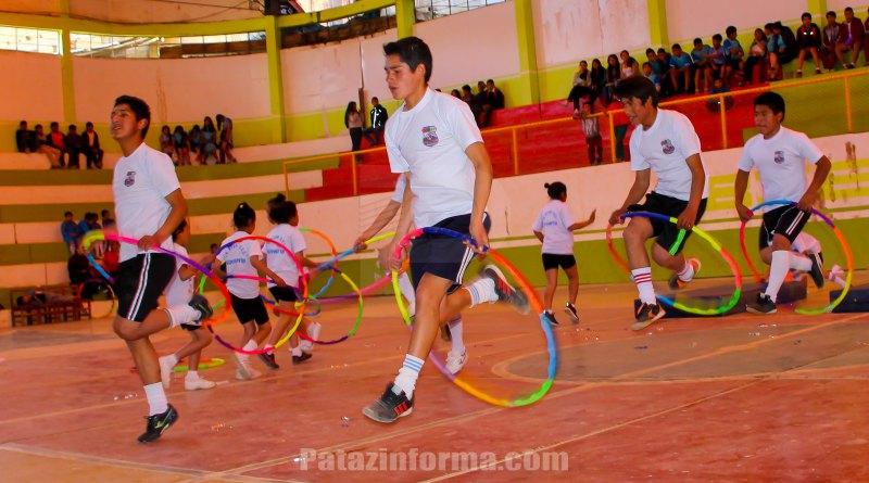 Centenares de estudiantes celebraron día de la educación física
