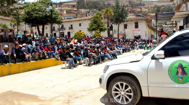 Entregan camioneta y teléfonos a Ronda Urbana de Tayabamba