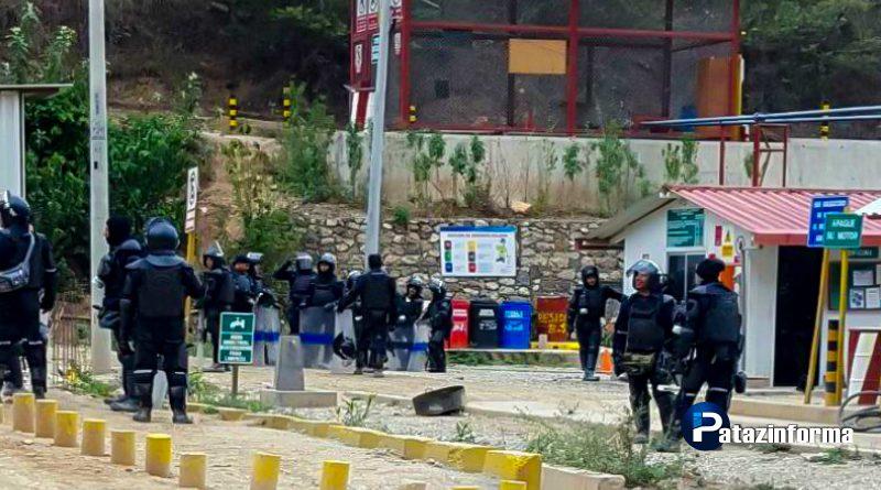 Enfrentamiento entre comuneros y policía deja un muerto y más de 20 heridos