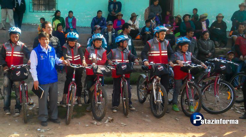 Entregan 50 bicicletas a 03 colegios de la comunidad campesina La Victoria