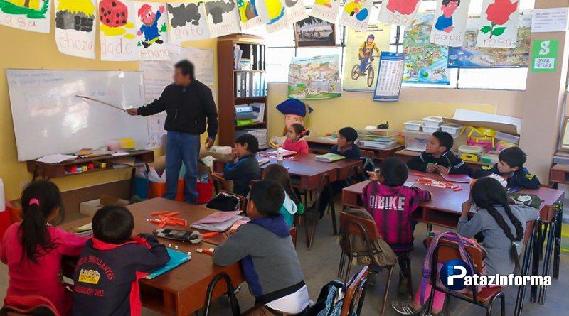 Detienen a profesor por denunciar irregularidades en el sector educación