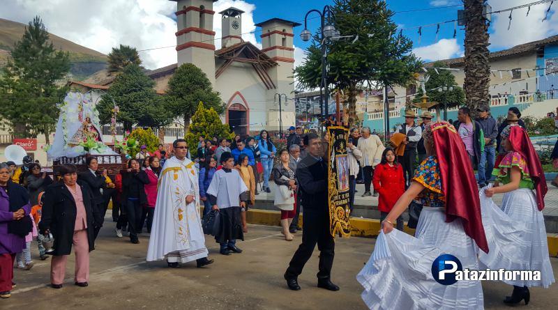 Con devoción tayabambinos celebraron fiesta a la Virgen de la Puerta