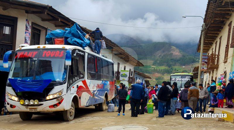 Vehículos continúan llegando con normalidad a la capital de Pataz