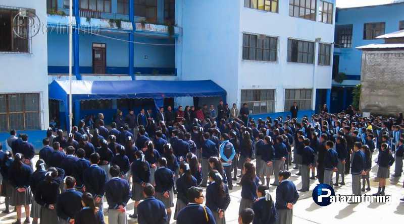 "TAYABAMBA   Colegio Ángelo Pagani celebra sus ""Bodas de Porcelana"""