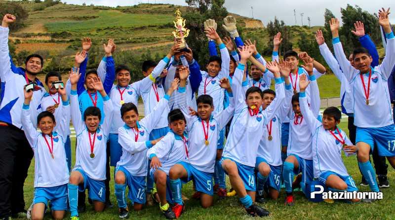 TAYABAMBA | Llacuabamba se coronó como campeón provincial Sub 14