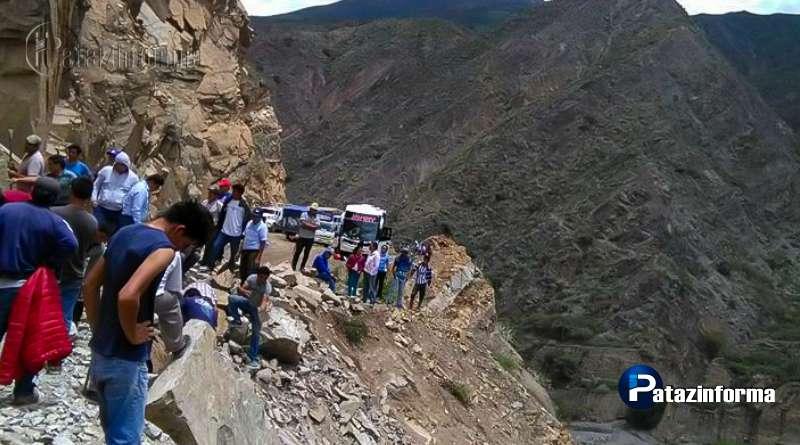 TAYABAMBA   Tras asalto, vía a ciudades costeras se encuentra bloqueada