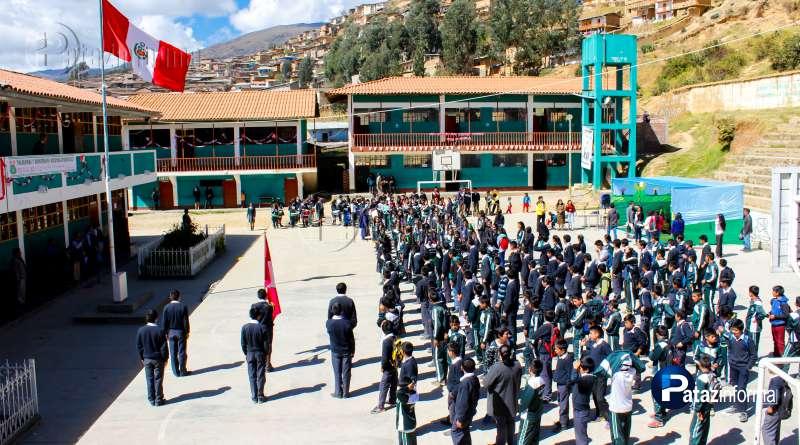 PATAZ | Docentes y alumnos volvieron a clases tras huelga suspendida