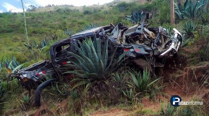 PARCOY | Camioneta cae a abismo y deja como saldo cinco heridos
