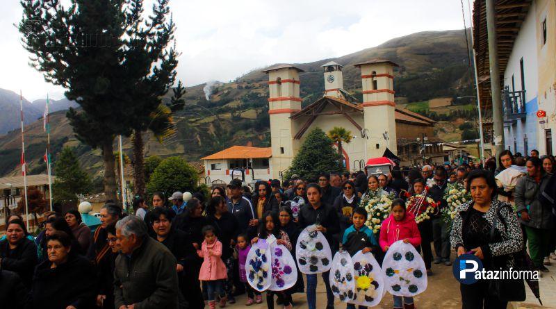 TAYABAMBA | Cientos de pobladores dan último adiós a Coco Cachay