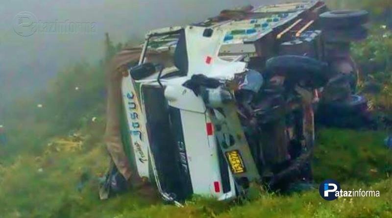 camion-sufre-accidente-en-el-ande-rumbo-ciudad-trujillo