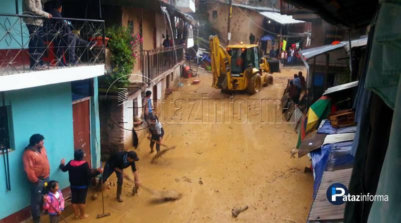 PARCOY | Deslizamiento de lodo y piedra inundó casas en Retamas