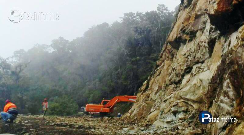TAYABAMBA | Avanzan mantenimiento de carretera a Río Marcos