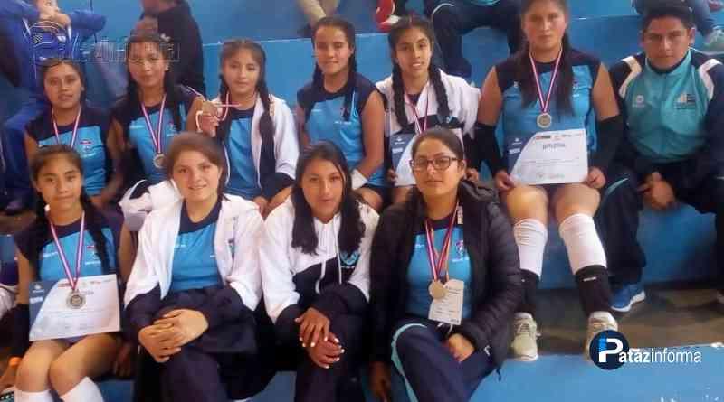 DEPORTES | Colegio Llacuabamba subcampeón regional vóley sub 14