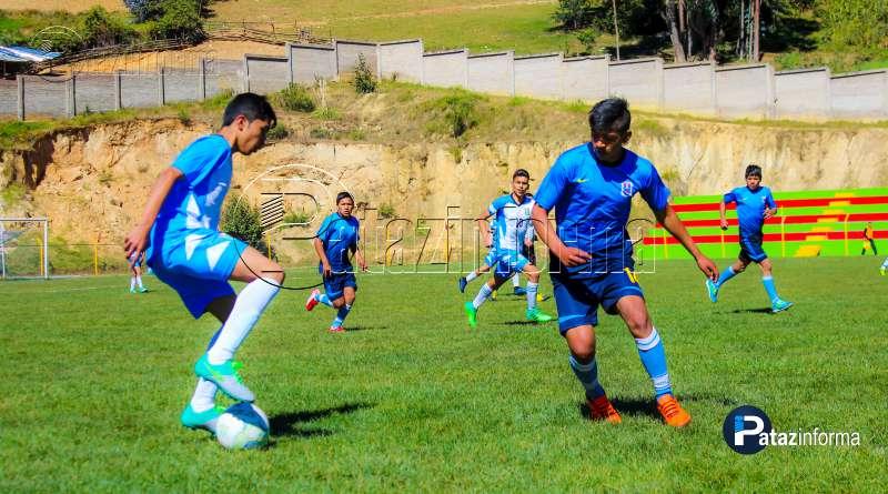 DEPORTES | Colegios de Alpamarca y Taurija a la final fútbol sub 17