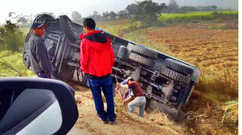 LA LIBERTAD | Volquete sufre aparatoso accidente cuando se dirigía al ande