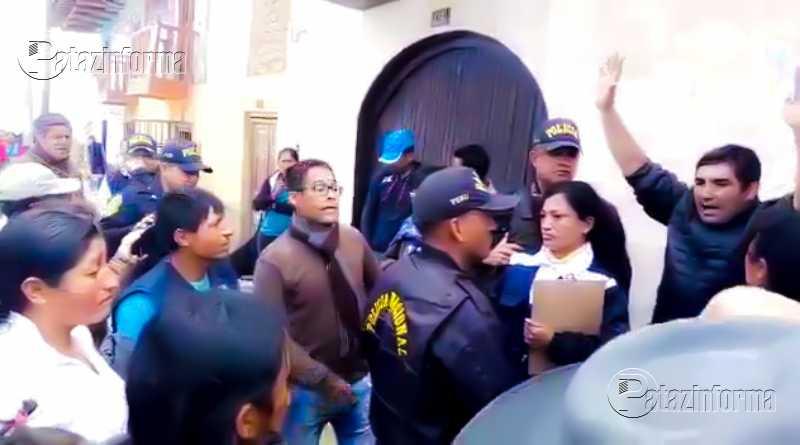 TAYABAMBA | Pobladores toman Fiscalía y exigen pena máxima para feminicida