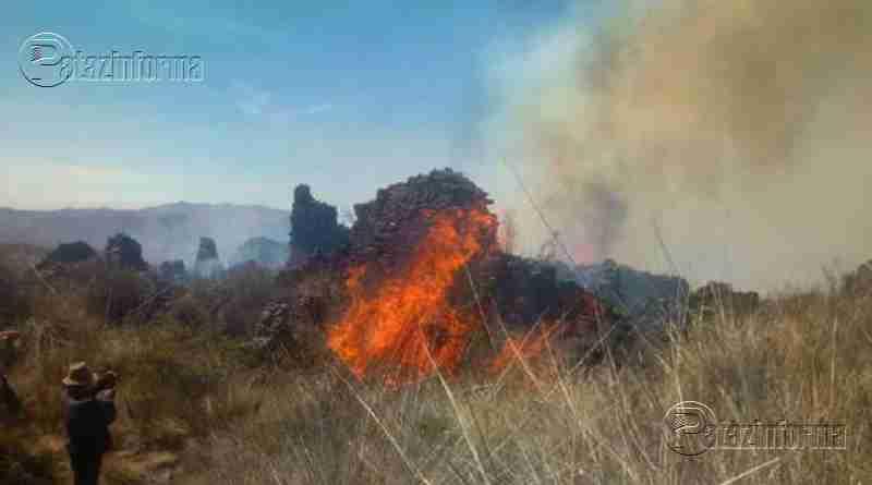LA LIBERTAD | Incendio consume 70% de complejo arqueológico en el ande