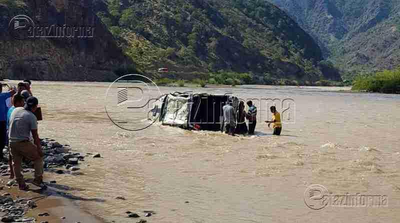 PATAZ | Recuperan 02 cuerpos del río Marañón, tras caída de camioneta