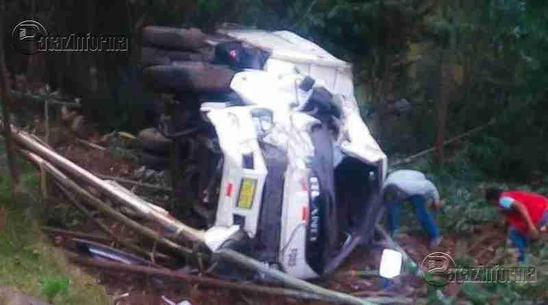LA LIBERTAD | Camión cae a abismo y deja dos heridos graves