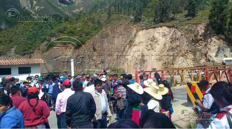 LA LIBERTAD | Paro indefinido. Bloquean carretera Trujillo – Pataz