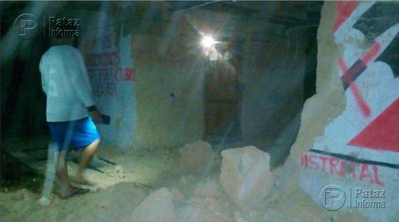 10 viviendas colapsaron en Ongón tras el sismo de 7.5 grados