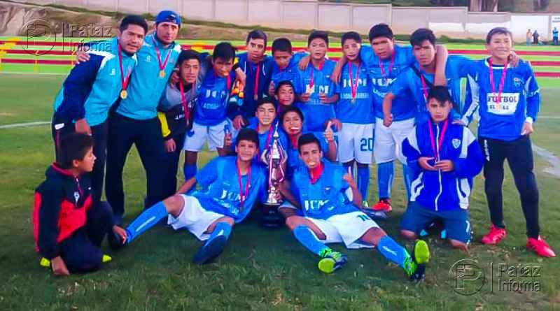 Colegio de Llacuabamba campeón provincial de fútbol Sub 14