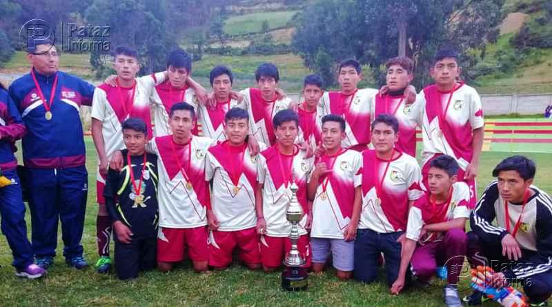 Colegio de Tayabamba campeón provincial de fútbol Sub 17