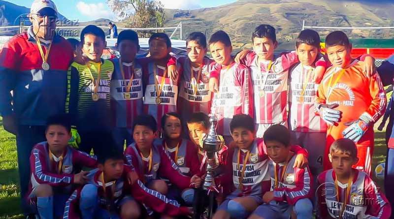 Colegio de Tayabamba campeón provincial de fútbol Sub 12