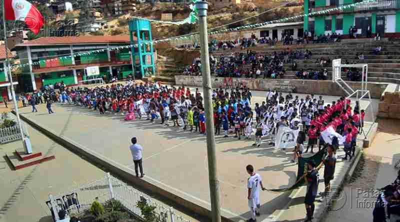 Colegio Santo Toribio inició olimpiadas por su 58 aniversario