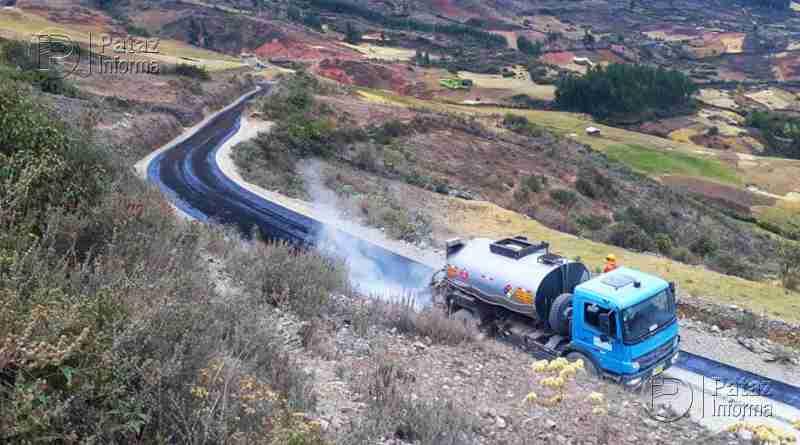 Inician trabajos para colocar asfalto vía Alto Challas – Mamahuaje