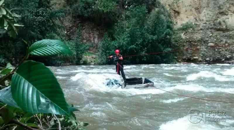 Dos mujeres son rescatadas con vida tras caer al río Santa