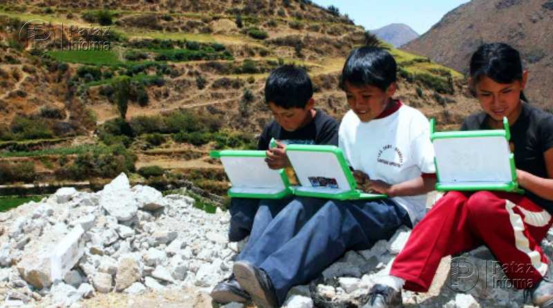 Comprarán más de 840 mil tablets con internet móvil para escolares
