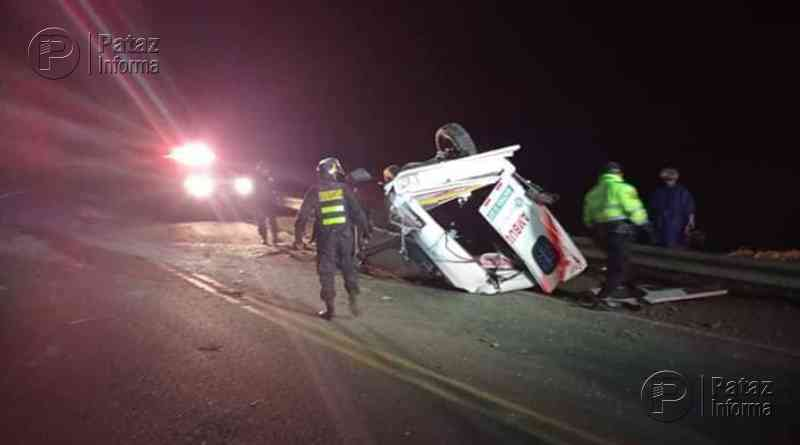 Ambulancia sufre accidente y deja dos heridos en Otuzco