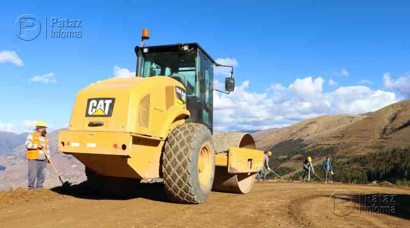 Reinician trabajos de mejoramiento de la vía Urpaycito – Huashibamba