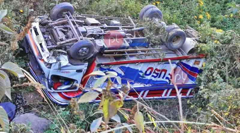 Camión sufrió aparatoso accidente en la provincia liberteña de Otuzco