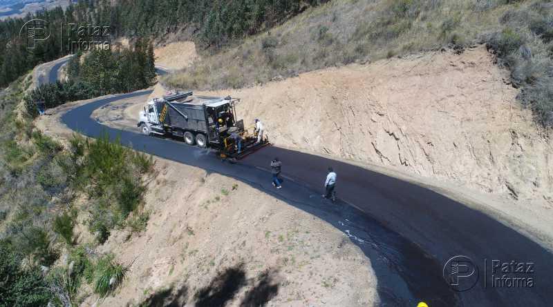 Inició asfaltado de vía que une a pueblos de Tayabamba y Taurija
